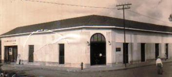 Tienda La Elegancia, de los Hermanos Ramón y Dolores Morales Robleto Granada 1900