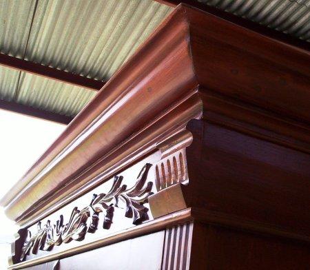 Detalle de molduras y aplicaciones victorianas siglo XVIII